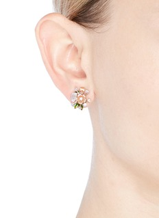 Anabela Chan 'Butterfly Bouquet' mismatched stud earrings