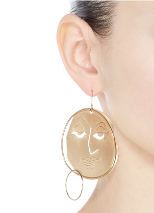 Figure View - Click To Enlarge - JW Anderson - Mismatched moon face drop earrings