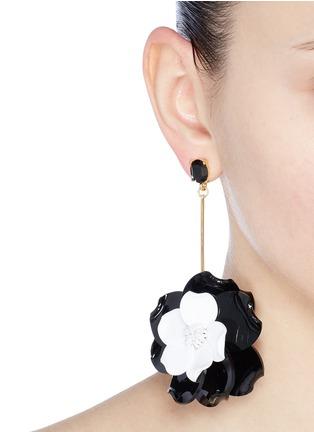 Figure View - Click To Enlarge - Oscar de la Renta - Petunia petal long drop earrings