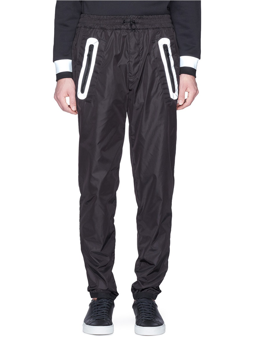 Main View - Click To Enlarge - Moncler - x Craig Green reflective zip pocket jogging