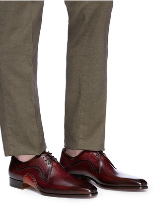 Figure View - Click To Enlarge - MAGNANNI - Stitched detail leather Derbies