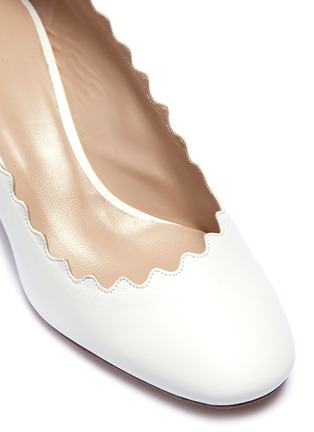 Detail View - Click To Enlarge - Chloé - 'Lauren' scalloped nappa leather pumps
