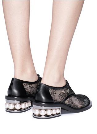 Figure View - Click To Enlarge - Nicholas Kirkwood - 'Casati' faux pearl heel guipure lace Derbies