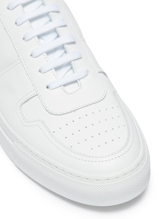 Detail View - Click To Enlarge - COMMON PROJECTS - 'Bball Low' leather sneakers