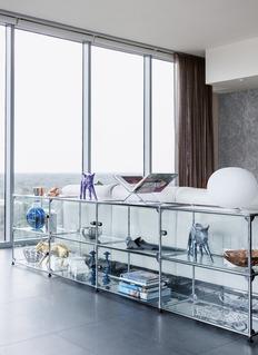 USM Modular glass storage rack –Clear