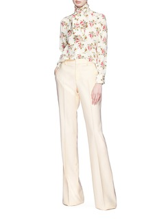 Gucci Pussybow rose print crepe de Chine blouse