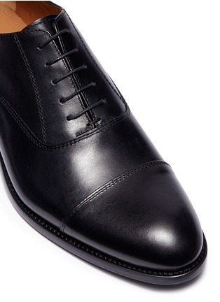 Detail View - Click To Enlarge - ANTONIO MAURIZI - Camel leather Oxfords