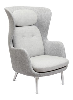 Republic of Fritz Hansen Ro™ easy chair –Light Grey