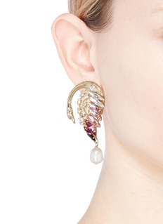 Anton Heunis 'NNL3.03' Swarovski crystal swan pearl drop earrings