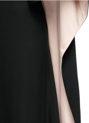 Detail View - Click To Enlarge - Valentino - Open back cape sleeve silk gown