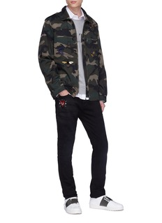 Valentino Embellished bee appliqué camouflage print shirt jacket