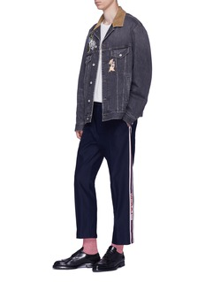 Gucci Logo stripe outseam jogging pants