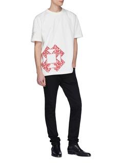 CALVIN KLEIN 205W39NYC Floral geometric appliqué T-shirt