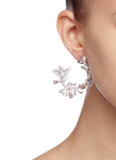 Anabela Chan 'Butterfly Garland' diamond mother of pearl hoop earrings
