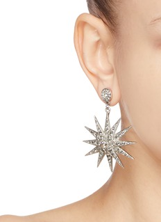 Oscar de la Renta Mismatched star and moon earrings