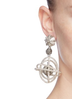 Oscar de la Renta 'Globe' beaded threaded hoop drop clip earrings