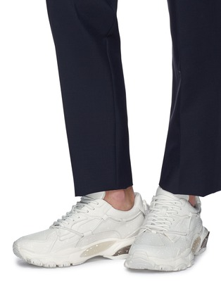 Figure View - Click To Enlarge - VALENTINO - Valentino Garavani 'Bounce' chunky outsole spray painted leather sneakers