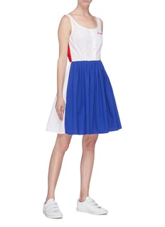 Etre Cecile  'Phoebe' slogan embroidered colourblock dress