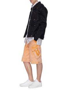 Feng Chen Wang Washed denim cargo shorts