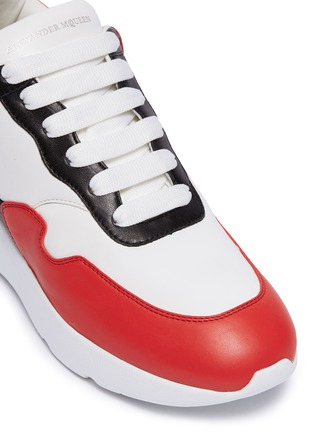 Detail View - Click To Enlarge - Alexander McQueen - Oversized outsole colourblock patchwork leather sneakers