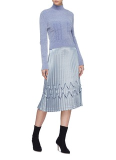 Fengyi Tan Metallic diamond pleated skirt