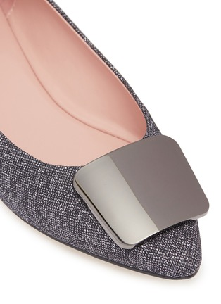 Detail View - Click To Enlarge - PEDDER RED - 'Jamie' metal plaque glitter lamé skimmer flats