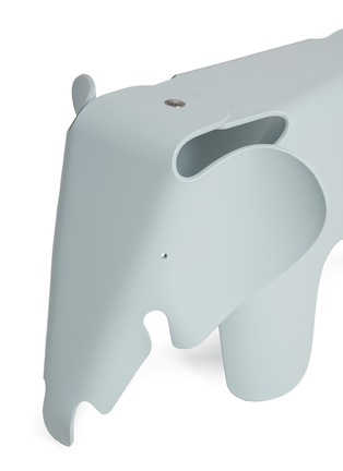 Detail View - Click To Enlarge - Vitra - Eames Elephant stool – Blue