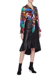 alice + olivia 'Kina' ruffle hem leather skirt