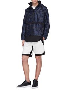MASSBRANDED 'Cantilever' camouflage print windbreaker half-zip hoodie