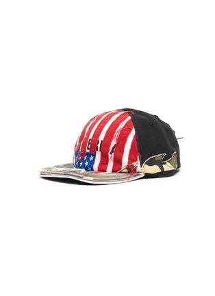 Main View - Click To Enlarge - VETEMENTS - 'America' slogan print distressed patchwork baseball cap