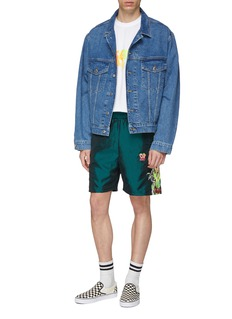doublet 'Chaos' embroidered outseam shorts