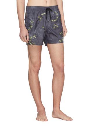 Figure View - Click To Enlarge - DANWARD - 'Capri' starfish embroidered swim shorts