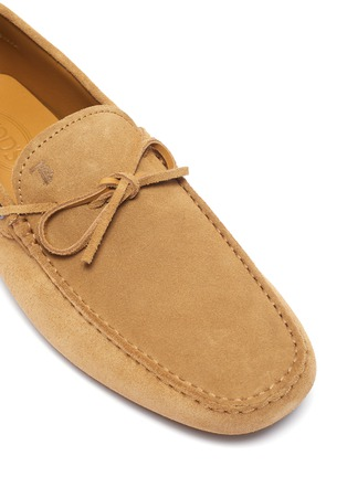 Detail View - Click To Enlarge - TOD'S - 'Gommino' tie suede driving shoes