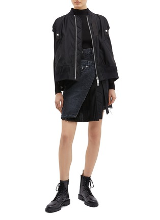 Figure View - Click To Enlarge - sacai - Buckled pleated wrap panel denim skirt