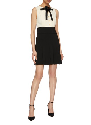Figure View - Click To Enlarge - Gucci - Colourblock pleated knit flower pussybow dress