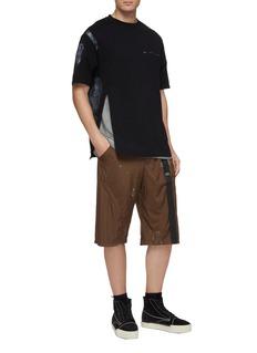 Oakley by Samuel Ross Paint stroke print zip outseam panelled hem T-shirt
