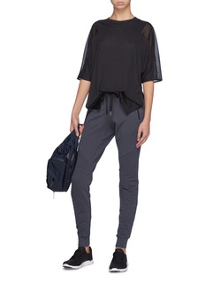 Alo Yoga 'Shore-Line' mesh back yoke side split T-shirt
