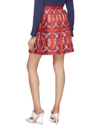 Back View - Click To Enlarge - Valentino - 'Valentino Bandana' print pleated silk skirt