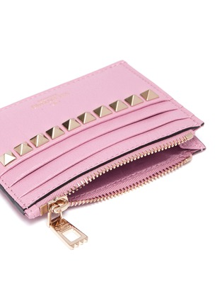 Detail View - Click To Enlarge - VALENTINO - 'No Limit' Rockstud metallic leather card case