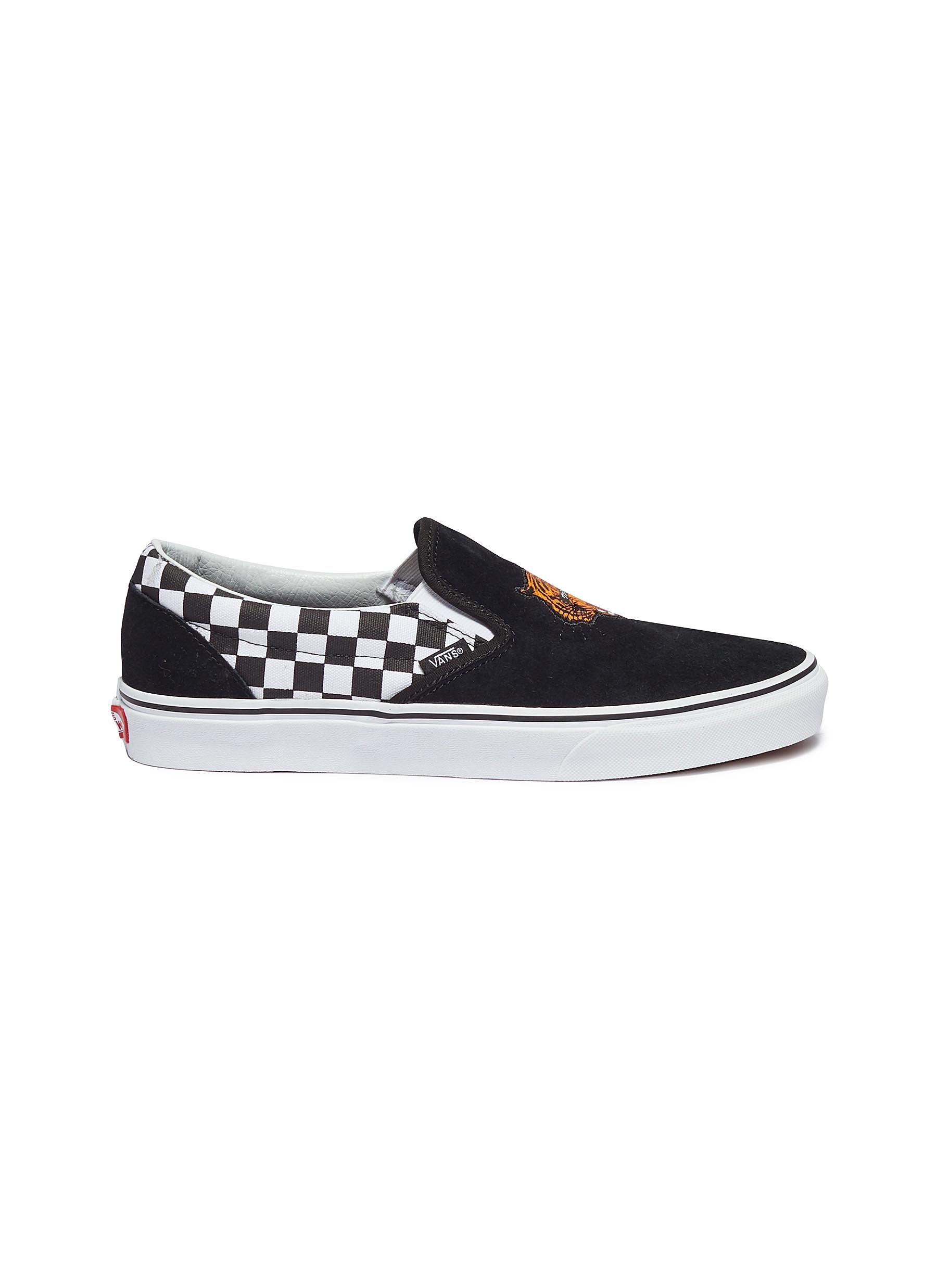 Vans.  Classic Slip-On  tiger embroidered ... 7378b7c61