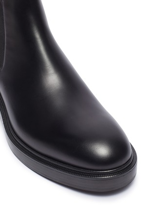 Detail View - Click To Enlarge - VALENTINO - Valentino Garavani Logo print leather Chelsea boots