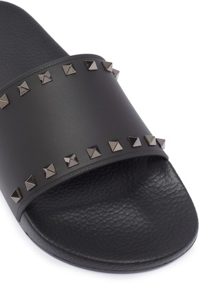 Detail View - Click To Enlarge - VALENTINO - Rockstud slide sandals