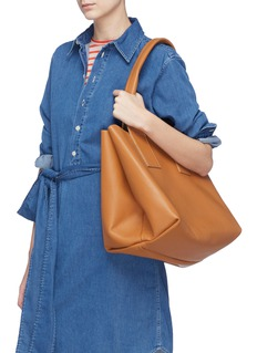 A-Esque Leather tote bag