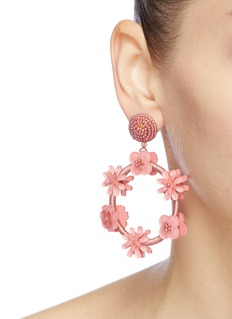 Oscar de la Renta Flower threaded hoop earrings