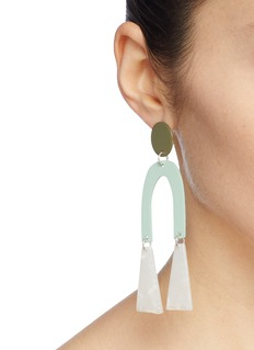 Bianca Mavrick Jewellery Mismatched colourblock geometric drop earrings