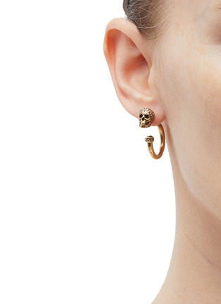 Figure View - Click To Enlarge - Alexander McQueen - Swarovski crystal skull hoop earrings