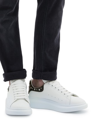 Figure View - Click To Enlarge - ALEXANDER MCQUEEN - 'Oversized Sneaker' in leather with stud collar