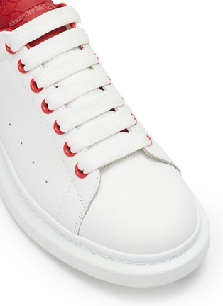Detail View - Click To Enlarge - ALEXANDER MCQUEEN - 'Oversized Sneaker' in leather with snake embossed collar