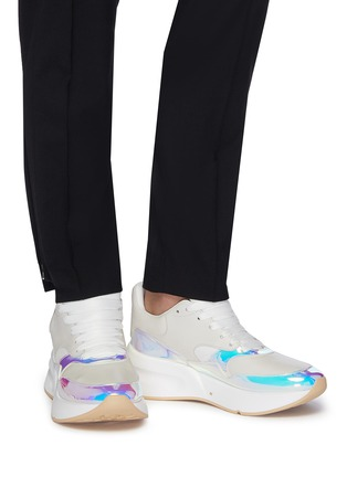 Figure View - Click To Enlarge - ALEXANDER MCQUEEN - 'Oversized Runner' in holographic panel leather