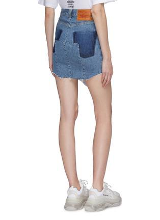 Back View - Click To Enlarge - VETEMENTS - x Levi Strauss & Co. patchwork angled split hem denim mini skirt